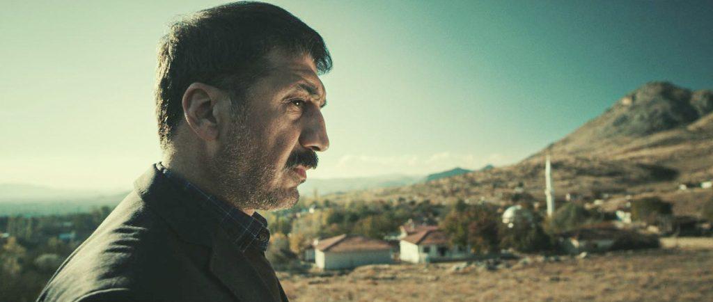 """Szenenfoto aus dem türkischen Kinofilm """"Babamin Kemikleri - Die Knochen meines Vaters"""""""
