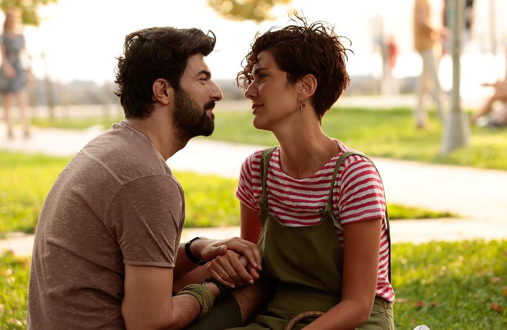 """Szenenbild aus dem türkischen Kinofilm """"Bir Aşk iki Hayat - Eine Liebe, zwei Leben"""""""